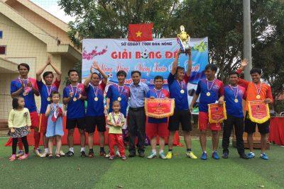 Trường THPT Nguyễn Tất Thành vô địch giải đấu bóng đá nam các trường THPT